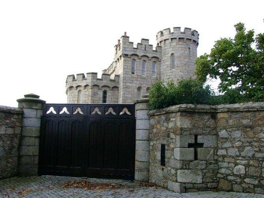 Enya, haar kasteel in Ierland