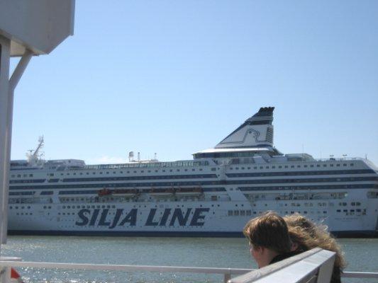 SILYA LINE
